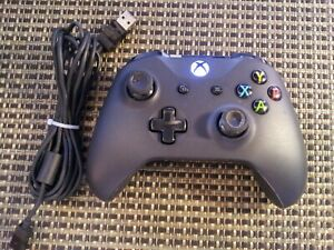 Microsoft Xbox One Wireless Controller Black OEM With Cable TESTED