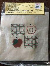 Needlepoint Hob Nobb Designs by Kam CN510 Apple Apple Seeds Teacher Gift Hearts