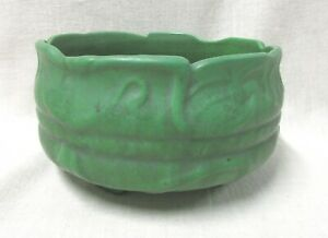 FOOTED MATT GREEN OWENS BOWL WITH STYLIZED WATERLILIES