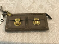NWT Marc Jacobs Quilted Leather Zip Clutch Taupe w Brass Hardware Made in Italy