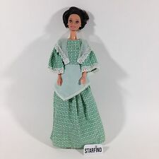1966 Vintage Mattel Twist Turn Brunette Barbie Woman Doll Green Prairie Dress