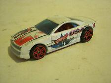 "Hot Wheels White Muscle Tone ""USA 1"", dated 2000 (EB8-49)"