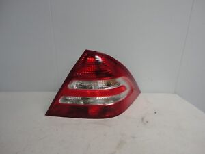 2005-2007 Mercedes Benz C230 Right Passenger Side Taillight Taillamp OEM