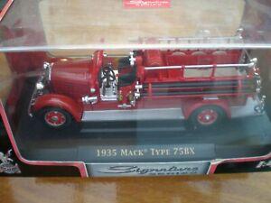 Yat Ming 43001 Mack fire Truck 75BX