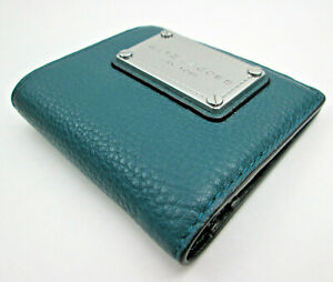 Marc Jacobs New York Green Cow Leather Wallet Single Fold Billfold Snap Closer