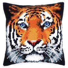 Tigre aux yeux bleus Chunky cross stitch Coussin Avant Kit 40x40cm Vervaco