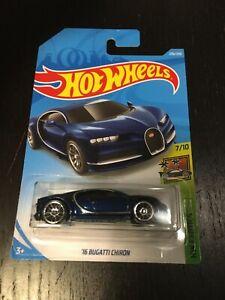 HOT WHEELS Long card mainline 2020 Bugatti chiron bleu