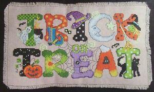Trick Or Treat Greeting, CROSS STITCH PATTERN, Halloween Design, URSULA MICHAEL