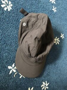 LULULEMON ATHLETICA BLACK NYLON SPANDEX RUNNING BASEBALL CAP ADJUSTABLE UNISEX