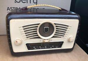 Original ULTRA made melamine old valve Radio