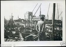 Vendée . Les Sables d'Olonne . le port .  photo ancienne . 1951