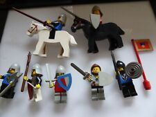 Lego Ritter 7 Figuren mit Zubehör