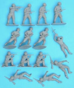 AIRFIX WWII RUSSIAN INFANTRY - 1/32 scale - 14 figures