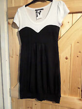 Pretty Black & White Casual Dress Size 8 / 36 By Atmosphere Chest 32""