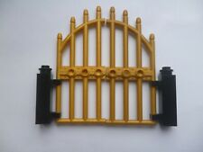 LEGO SPARE PARTS PAIR OF GOLDEN GATES WITH SUPPORTS