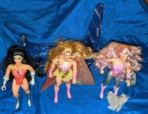 1985 Mattel She-Ra Princess of Power figures, accessories, and princess bed