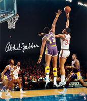 Kareem Abdul-Jabbar Signed Milwaukee Bucks Hook Over Chamberlain 16x20 Photo- SS