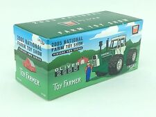 1/64 ERTL AGCO OLIVER 2655 TRACTOR 2005 NATIONAL FARM TOY SHOW TRACTOR