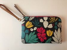 Fossil Dark Floral Wristlet Eliza Vegan New w Tags