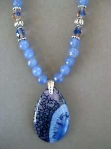 Pretty Blue and Pink Dragon Vein Teardrop Striped Agate Pendant Necklace