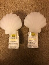 Bath Body Works Wallflowers White Shell Top Plug In Diffuser X2