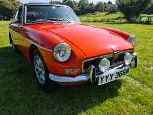 MGB GT 1974 with uprated Oselli 1950cc Engine - FSH - NEW CLEAR MOT