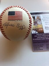 Alfonso Soriano Official 2001 World Series Signed Baseball Ceremonial 1st Pitch
