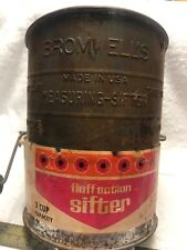Bromwell 5 Cup Fluff Action Flour Sifter, Wire Goods Company
