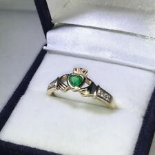 9ct Yellow Gold Cubic Zirconia & Emerald Claddagh Ring Size Q 1/2 Hallmarked