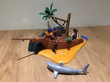 PLAYMOBIL PIRATE ISLAND 4136  SET SHIPWRECK WITH TREASURE ISLAND Accessories Men