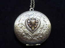 ANTIQUE BRONZE HEART ROUND LOCKET  LARGE