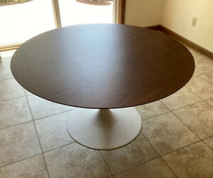 "Vintage Mid Century Modern 48"" Dia. Dining Table Tulip Cast Iron Base"
