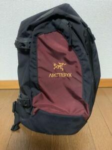 ARC'TERYX QUIVER Shoulder Bag Messenger Bag Red Discontinued Rare