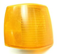 '85-87 Audi 4000 Front Passenger Side Turn Signal Lens 813953050A Corner Lamp