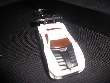 2004 TOYOTA MR2 RACE CAR HOT ROD DIECAST MODEL CAR KEYCHAIN KEYRING NEW WHITE