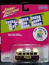 Johnny Lightning Pez 50 Years Holiday VW Van 1:64 Diecast 2002