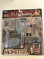 Sealed Todd McFarlane's Monsters Dr. FRANKENSTEIN  PLAYSET Action Figure 1998