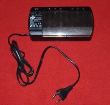 FIF Batterieladegerät mit Entlade-/Testfunktion für alle Batteriearten 4 x Akku