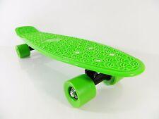 "Kids 22"" x 6"" Green Plastic Board Mini Cruiser Skateboard (For Age 4-12)"