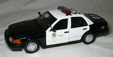 Motormax 1/18 LAPD Los Angeles Police Department Ford Crown Victoria 73539