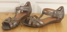 Womens Indigo by Clarks Smooch Gold Stud Strappy Ankle T-Strap Wedge Sandals 7.5