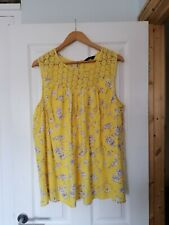 Ladies Yours Summer Top Size 22