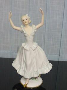 Porzellanfigur Tänzerin mit Stempel 22cm