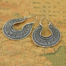 Woman Carved U-shaped Round Tibetan Silver Hoop Tribal Earrings Ethnic