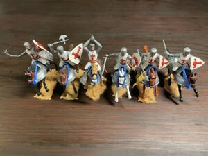 Timpo 1st Series Crusaders Mounted - Armoured Caparisons - Complete Set - 1970s
