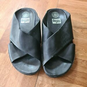 Black Suede crossover  Fitflops Size 5