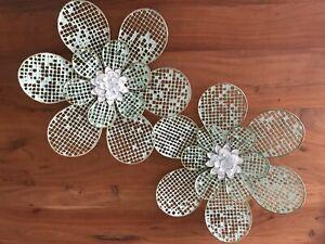 S/2 Boho Flower Hanging Enamel Vintage Style Ornament Daisy Metal Mint Wall art