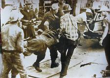 """Photo de presse vintage 1963 accident mine Moab Utach USA """" un mineur de sauvé"""""""