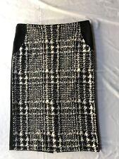 """Anne Klein Womens black/white Woven  Pencil Skirt Sz 4 26"""" long w/pockets. slit"""
