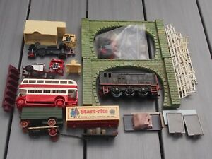 OO GAUGE SCENERY - FENCING & TUNNELS & VEHICLES - BUS, HGV's, CARTS + DUMMY LOCO